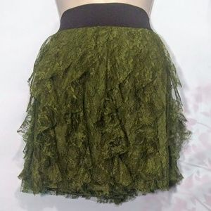!!!NEW!!! EXPRESS Woman's X-Small Green Lace Skirt